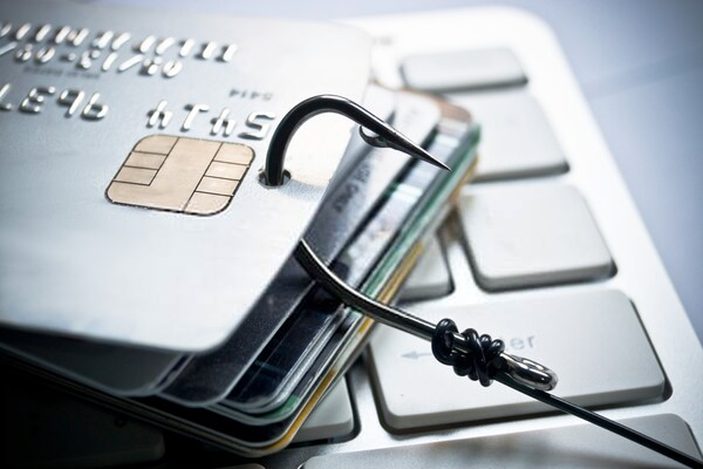 10 Simple But Effective Tricks To Protect Your Credit Card Online